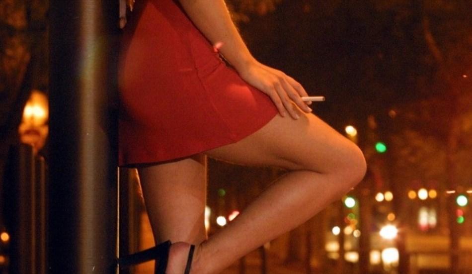 prostitutes_950x551